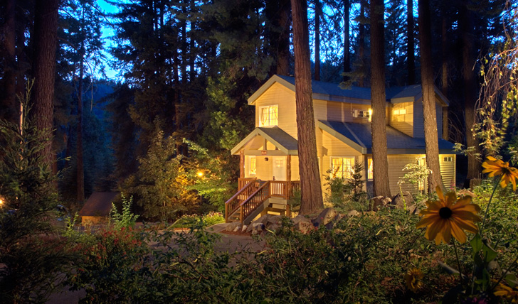 A secluded cottage at Tenaya Lodge