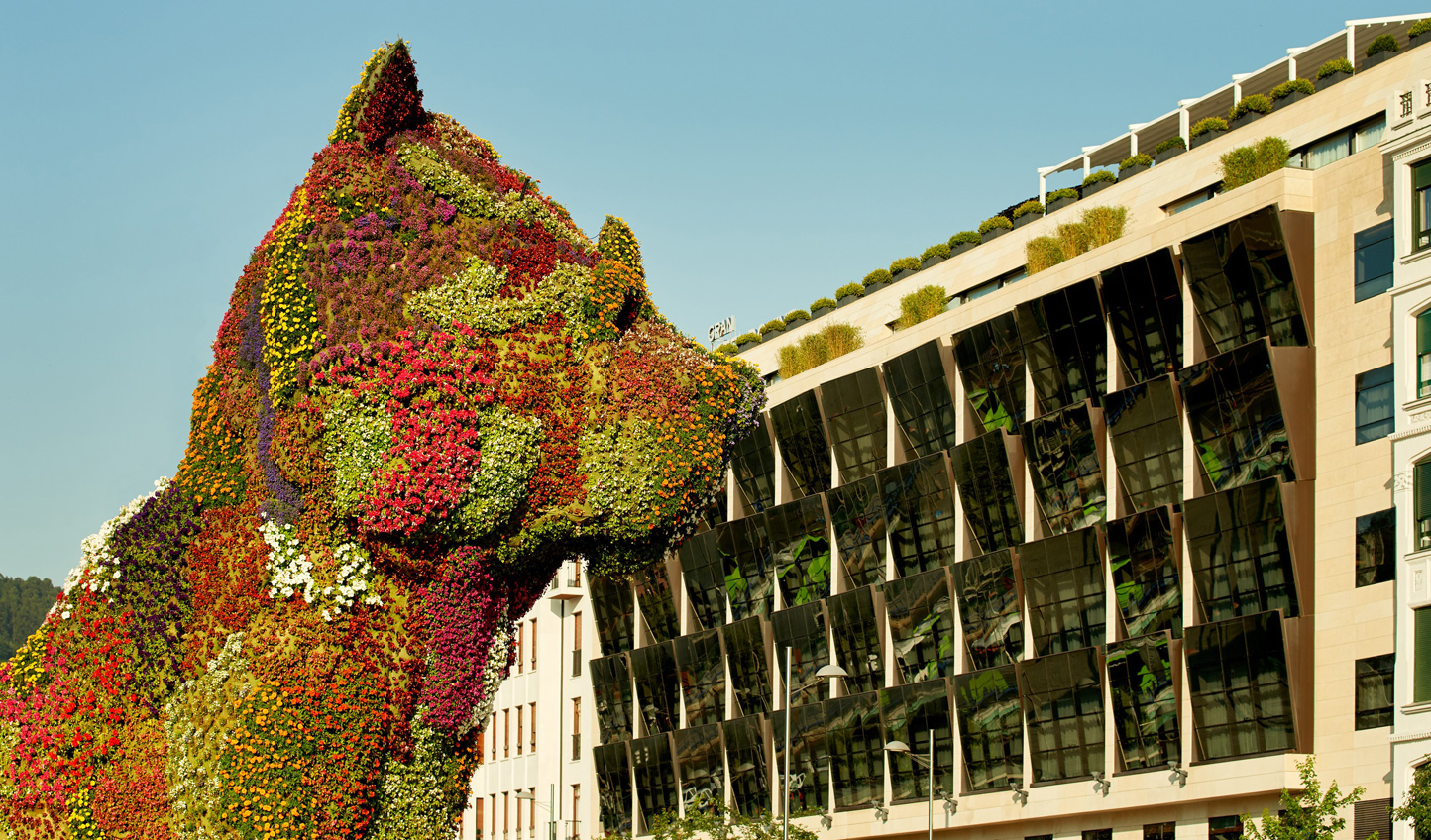 Gran Hotel Domine is in prime location opposite the Guggenheim and Bilbao's famous flower dog