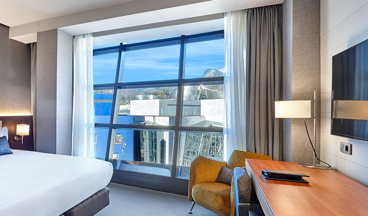 Wake up to stunning city views