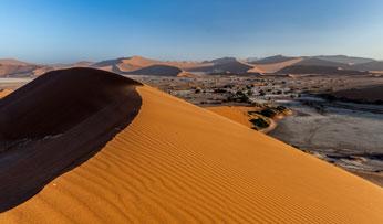 Sand Dunes, Namibia | Black Tomato