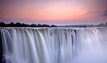 Victoria Falls, Zambia | Black Tomato