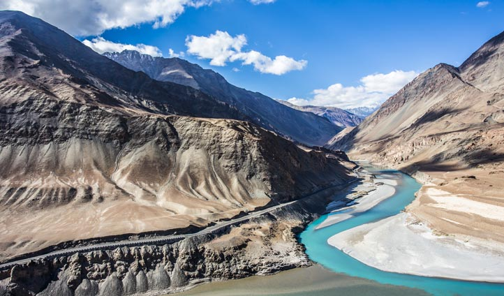 Journey to the confluence of the Indus and Zanskar Rivers