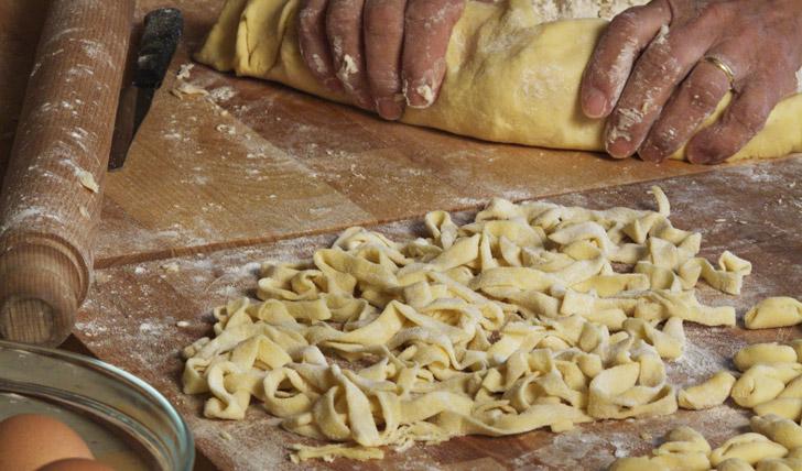 Pasta making at Palazzo Margherita