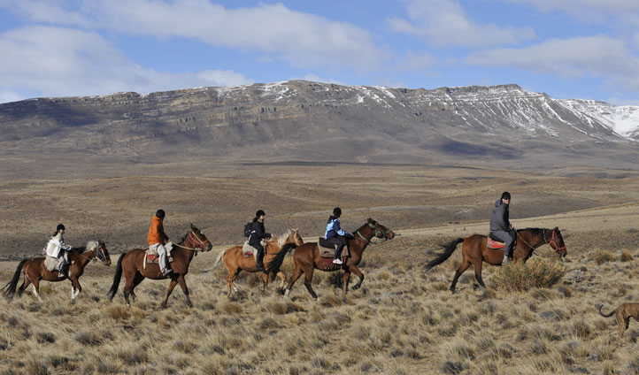 Horseriding-in-El-Calafate