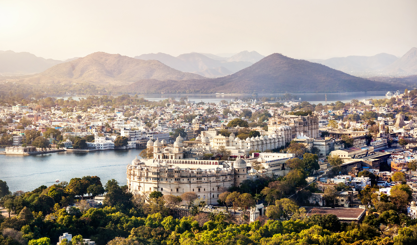 Admire the beauty of Udaipur