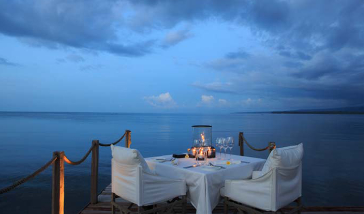 Dinner with a view at Lombok Lodge