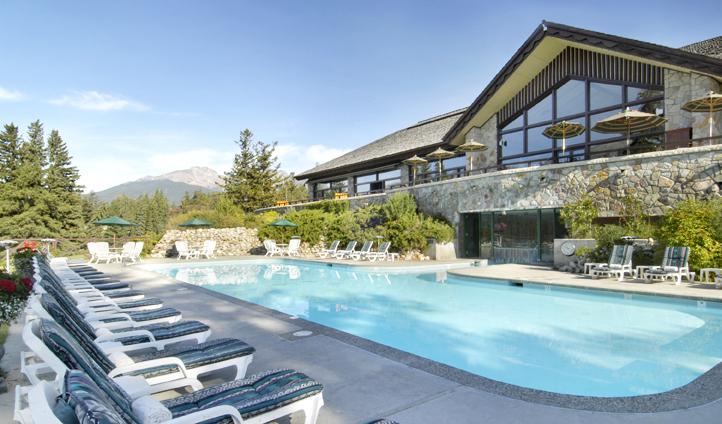 The pool at Fairmont Jasper Park Lodge