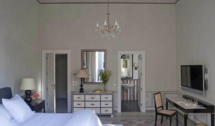 Suites at Palazzo Margherita Black Tomato