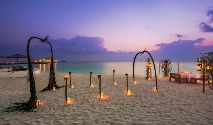 Amilla Fushi Candlelit dining, maldives