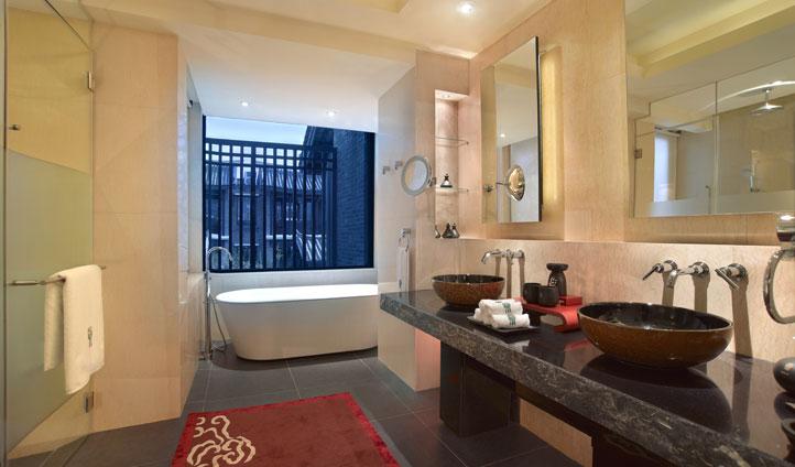 Bathroom at Banyan Tree Lijiang, China