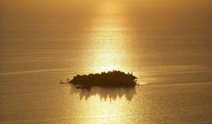 Cayo Espanto sunset, Belize