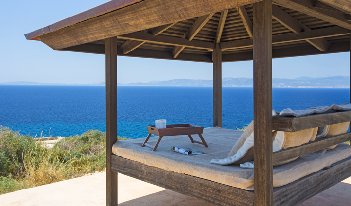 Relax at your gazebo at Cap Rocat Suite