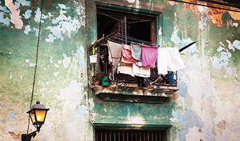 Clothes drying in Havana