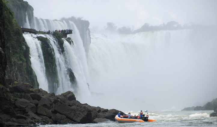 Take a tour of the falls