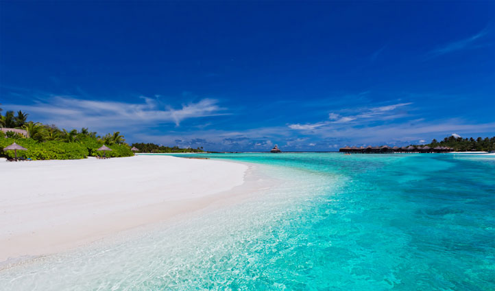 Pristine white sands at Anantara Dhigu Resort & Spa