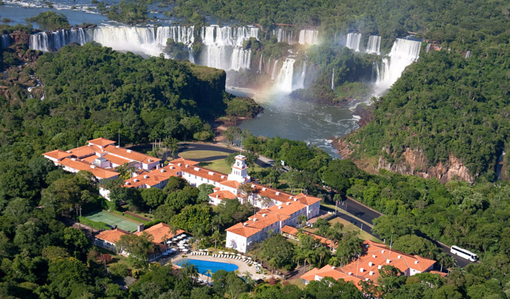Birds eye view Hotel das Cataratas
