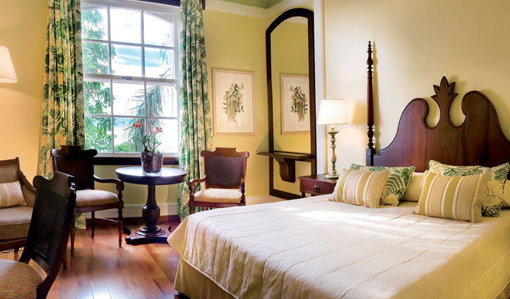 Colonial Portuguese bedrooms at Hotel das Cataratas