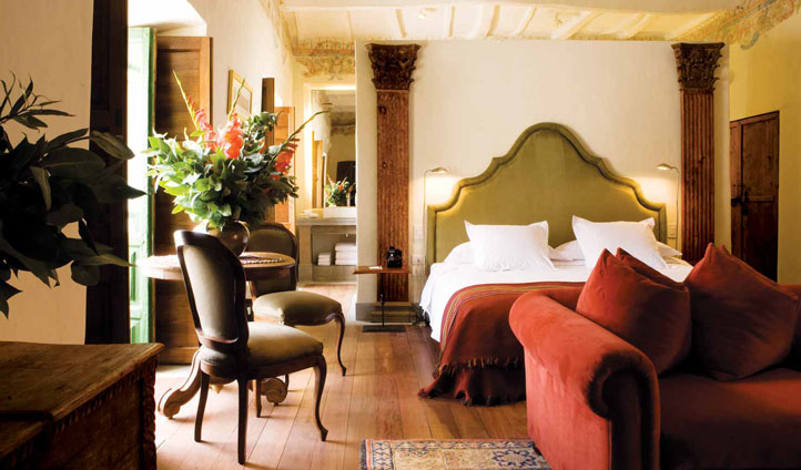 Regal interiors of the Plaza Suite