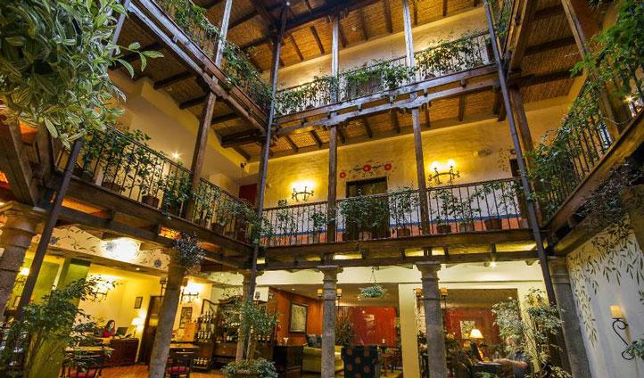 La casona de la ronda luxury quito hotel for Boutique hotel 06