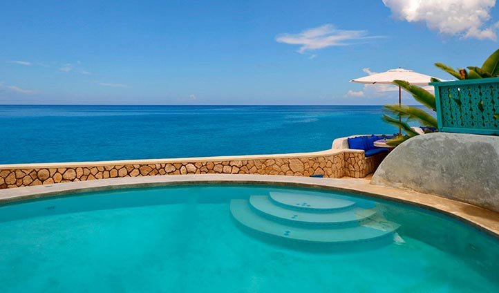 A beautiful pool in Jamaica