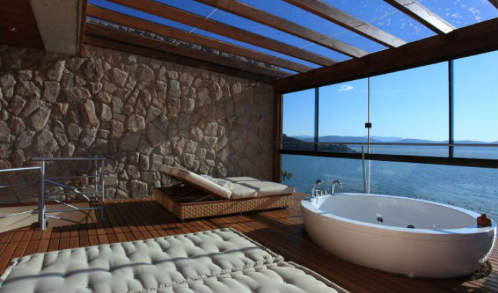 Room at Ponta dos Ganchos