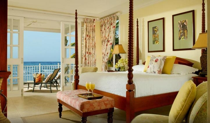 A room at the half moon hotel, Jamaica