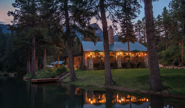 Emerald Valley lodge by night. Image by Kevin Symsmed