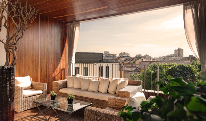 Enjoy your own private terrace in the Bulgari suites