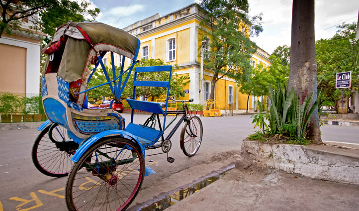 Explore the streets of Pondicherry-