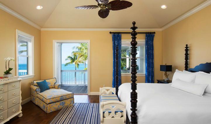 Classic, tropical decor