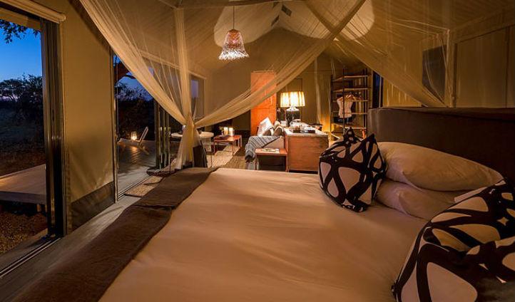 Luxury tents at Camp Linkwasha