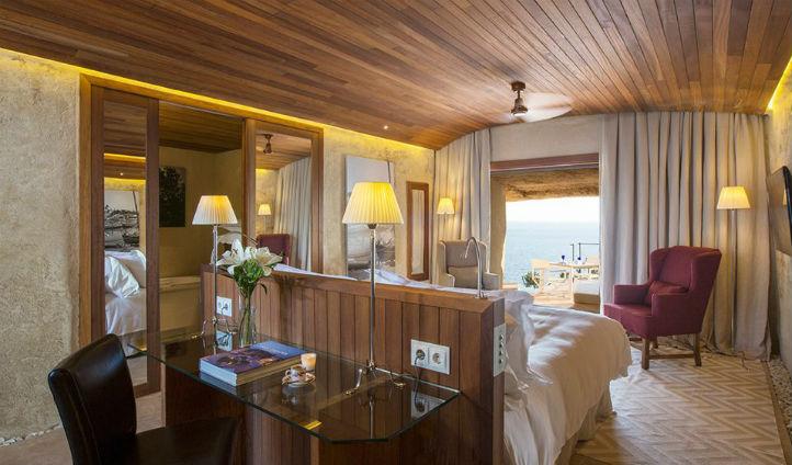 Rustic Spanish decor at Cap Rocat