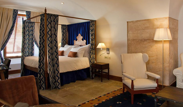 Spacious suite at Cap Rocat