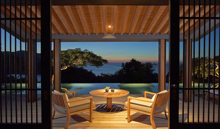 Experience some al fresco dining with an awe inspiring view