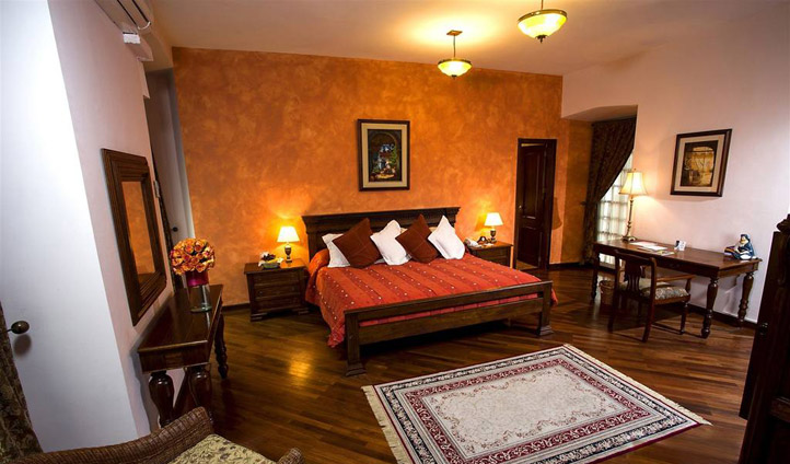 A bedroom at Patio Andaluz, Quito