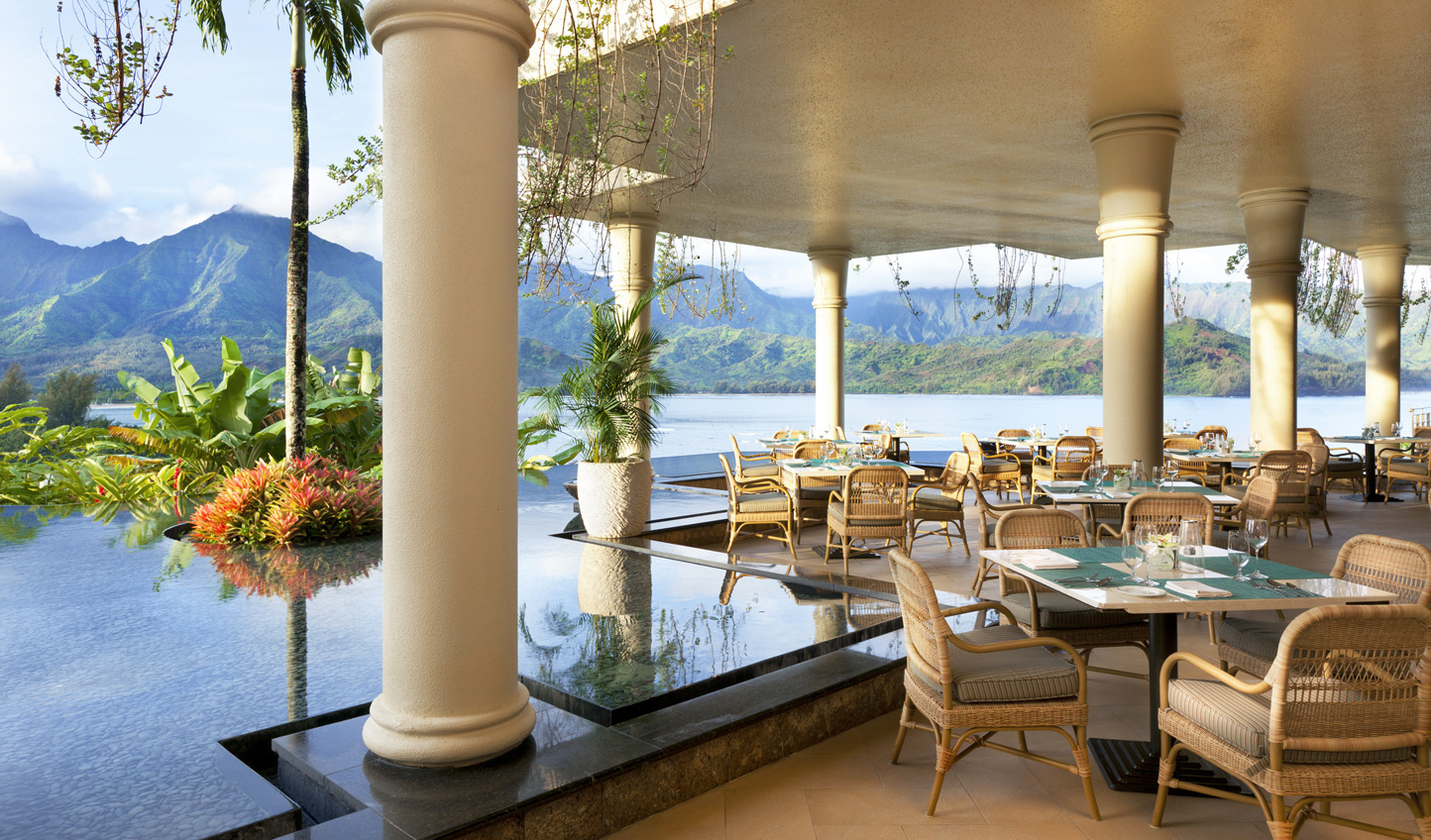 Relax in the stylish surroundings of the Princeville Resort
