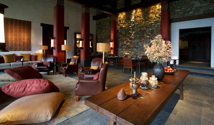 luxury lodge lounge