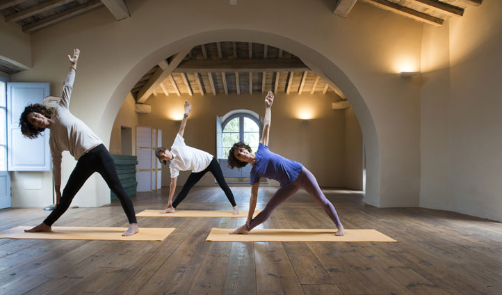italy yoga class