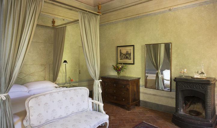 luxury italy hotel