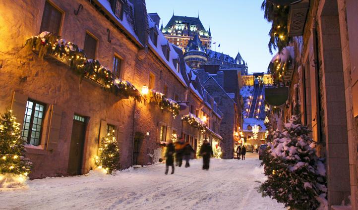 Snowy streets in Québec, Canada
