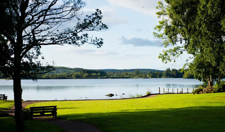 Take a sunshine stroll around one of the Loch shores