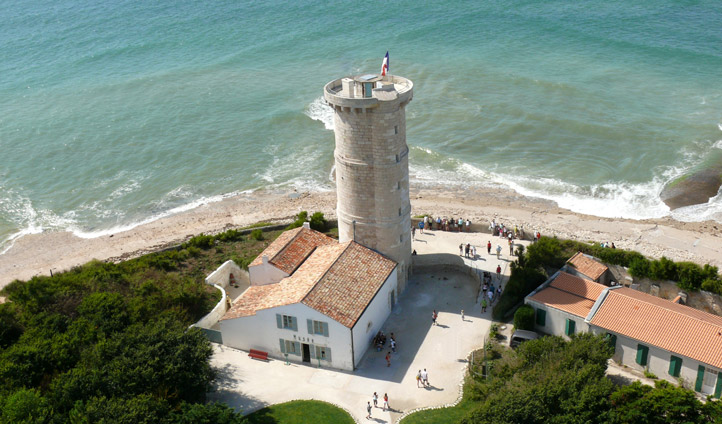 Lighthouse viewing on the Ile de Re
