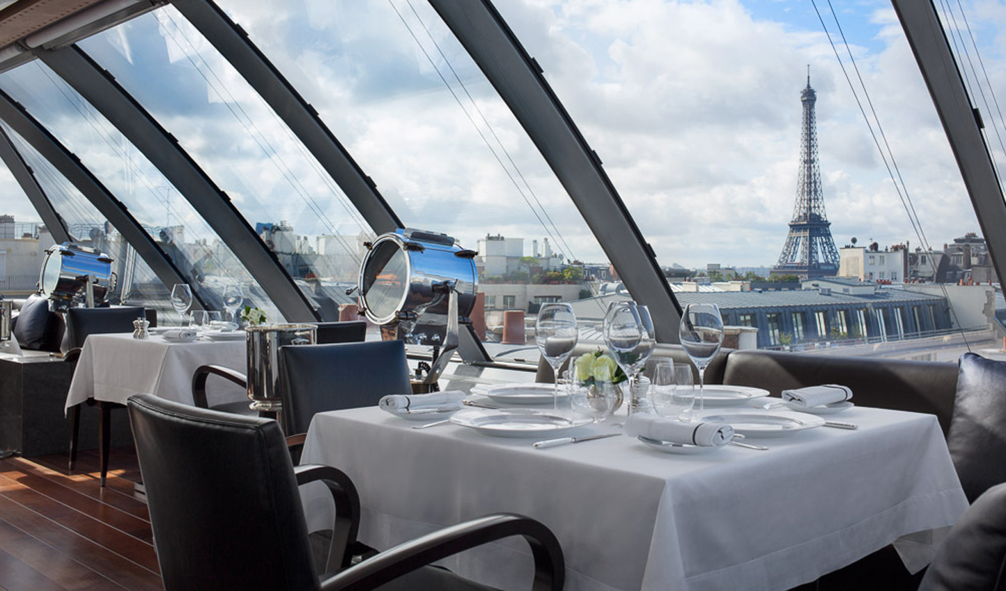 Dinner with a view at L'oiseau Blanc