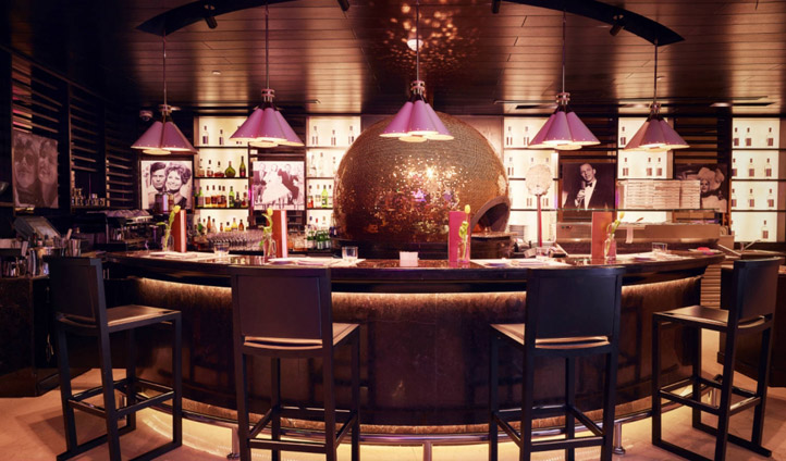 The bar at The W Hotel, Doha