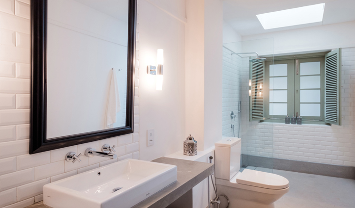 Stylish Banyan bathroom