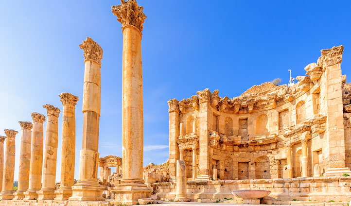 Your Roman set is waiting in Jerash
