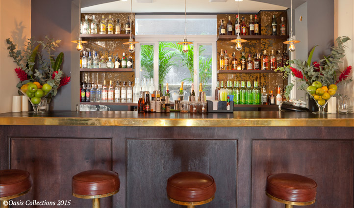 Unwind at the Clubhouse Rio bar