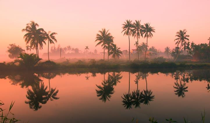 Hoi An at dusk, Vietnam | Black Tomato