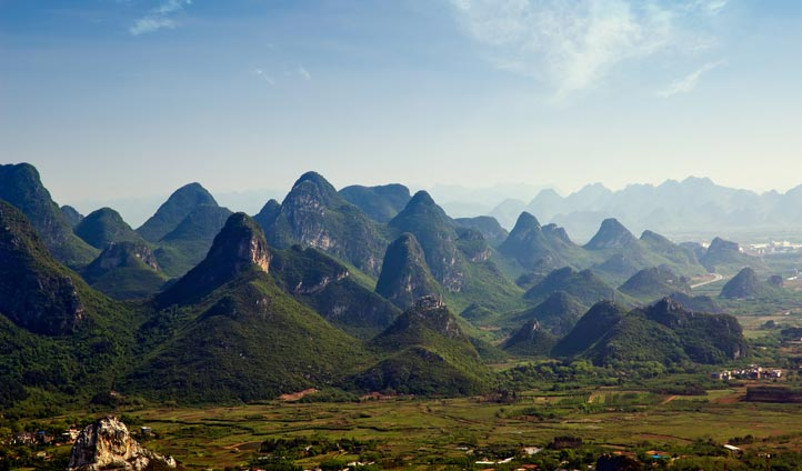 Incredible views across the Chinese countryside | Black Tomato