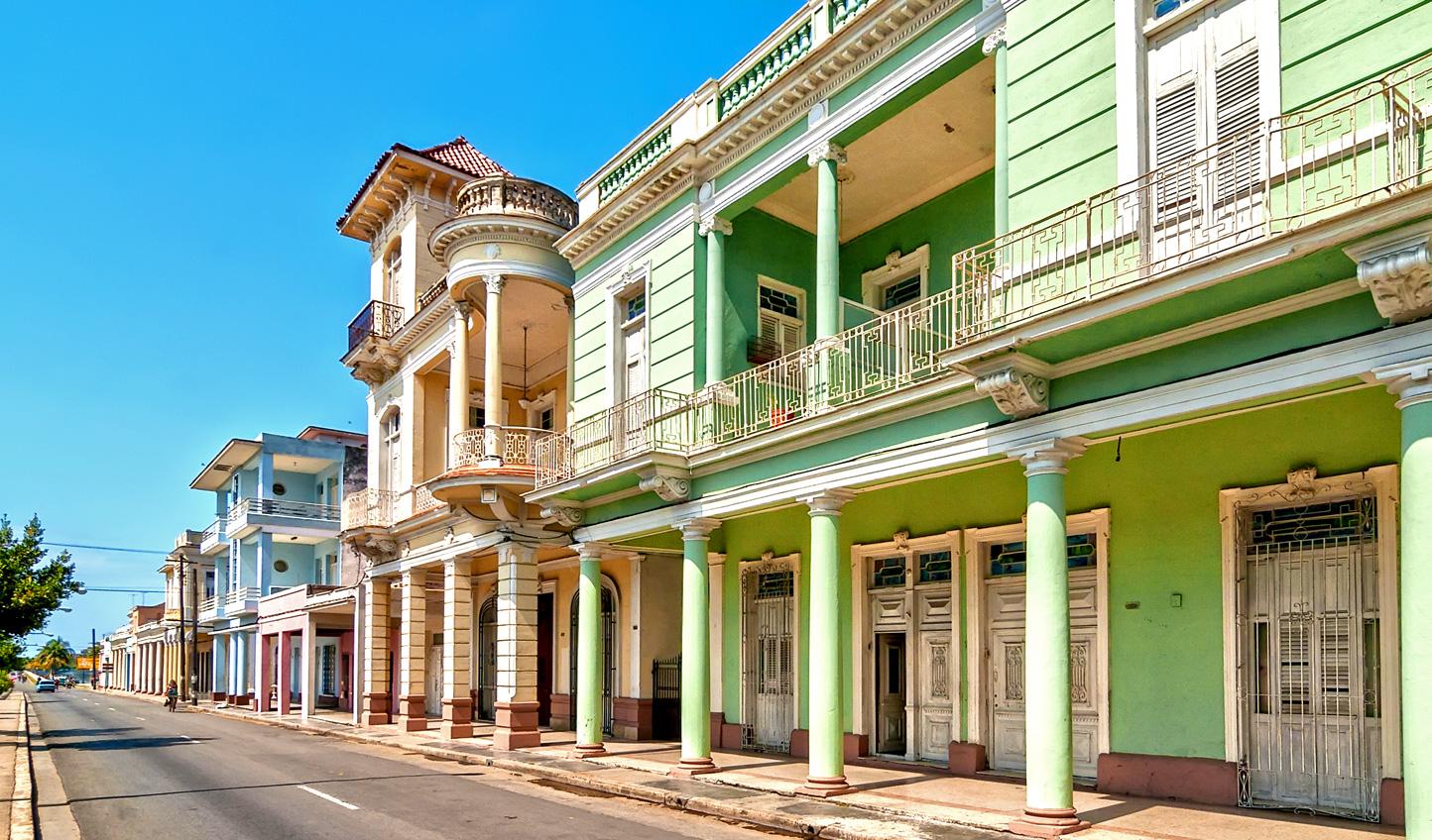 Cienfuegos-Architecture